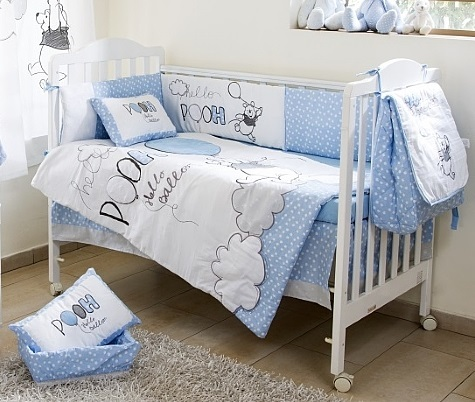 מודיעין סט מצעים 3 חלקים למיטת תינוק פו הדב בלון תכלת לורה סוויסרה - Laura CV-24