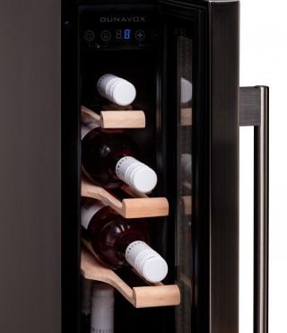 האופנה האופנתית מקרר יין אינטגרלי DX-7.22SSK Dunavox- מקרר יין אינטגרלי מתאים ל-7 DK-33